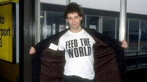 Bob Geldof in 1985 wearing Feed the World t-shirt