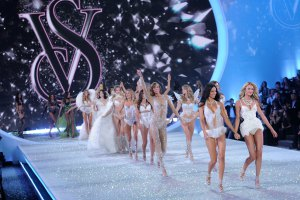 Victoria 39 s Secret Fashion Show 2014