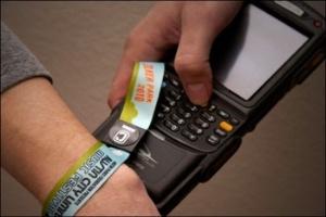 wearable tech wristbands