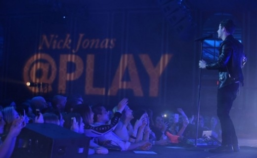 Nick Jonas Hilton@PLAY