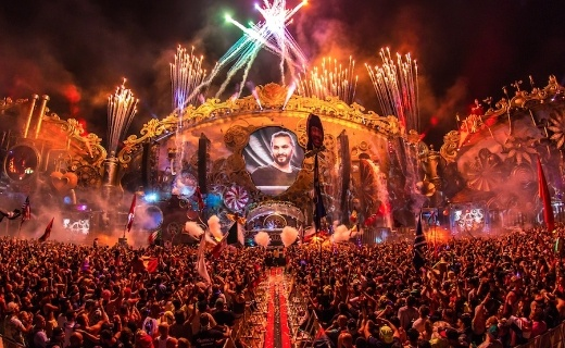 TomorrowWorld technology and music festivals