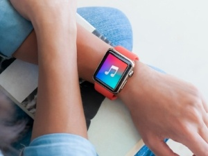 itunes wearable tech